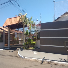 Casa em Condomínio Fechado Paulo Cancian Imóveis - Veja Casas