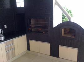 Linda Casa em Santa Catarina com 4 Suítes Denise Rosa Araujo Pereira - Veja Casas